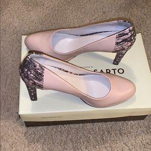Nude and snakeskin heels 😍😍😍